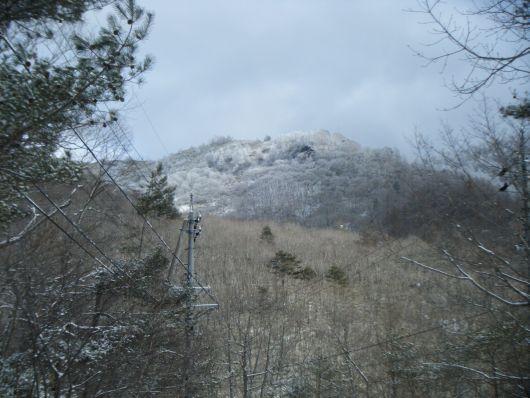 12.25 八ヶ峰方面の山.jpg