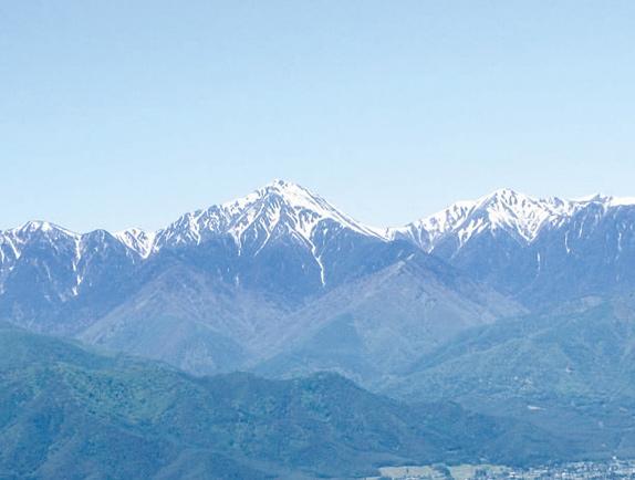 mountains_img01.jpg