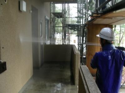 ④外壁高圧洗浄.jpg