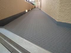 ④-2A廊下塩ビシート施工後(2F).JPG