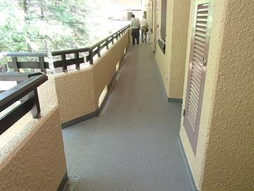 ⑤1A廊下.JPG