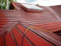 ⑤-2屋根塗装下塗り1.JPG